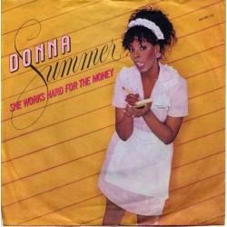 Summer Donna – She Works...