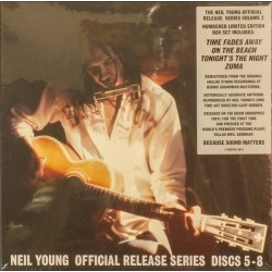 Young Neil  – Official...